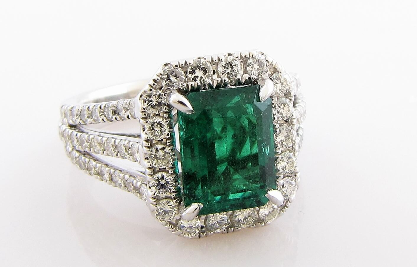 Consign Today for our March 28 Fine Art, Fine Jewelry Auction